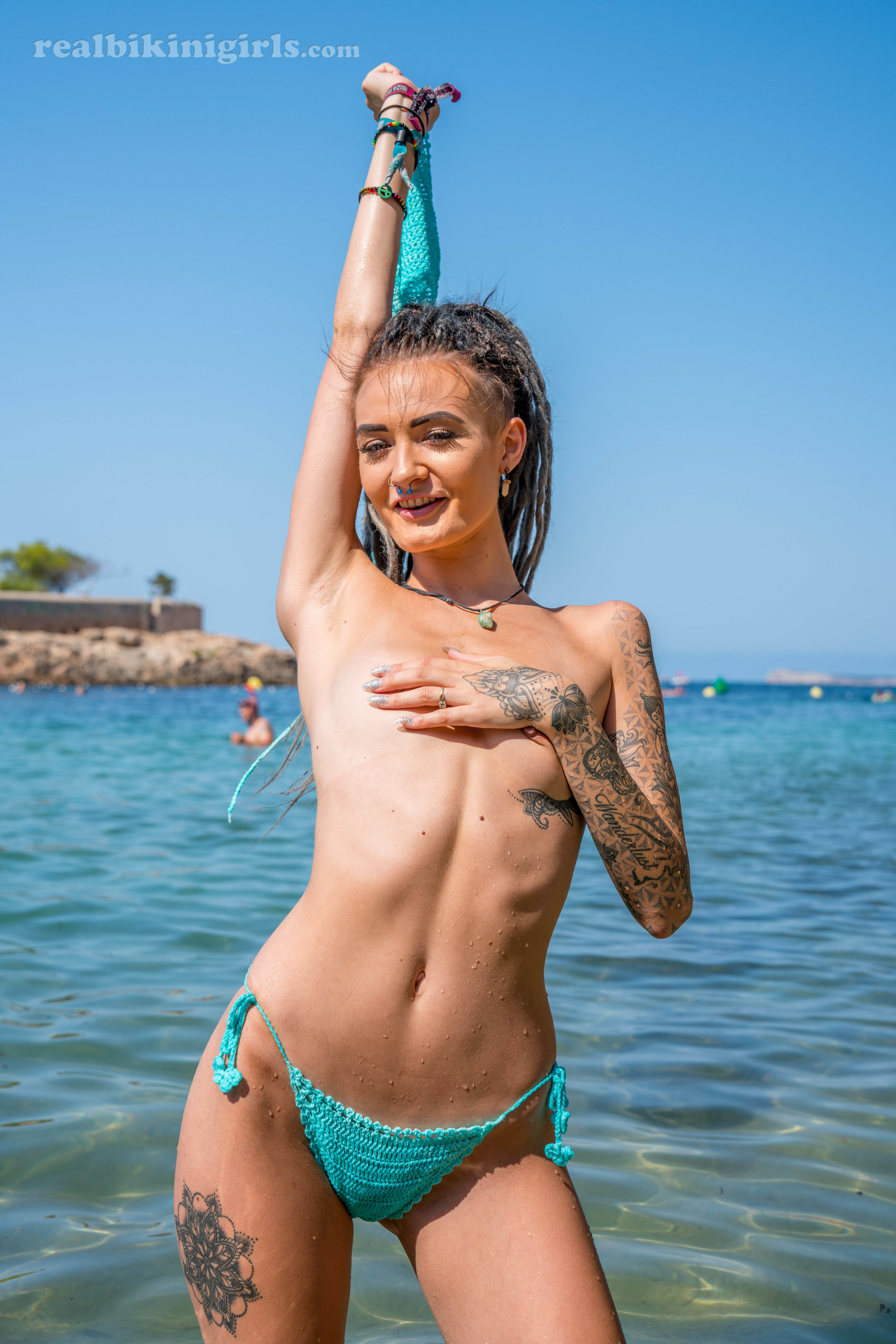 Hot bikini babes gallery
